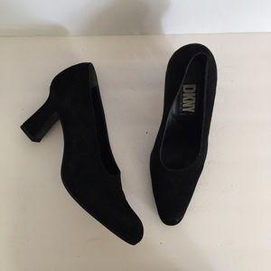 DKNY 90s vintage black suede v cut high heels
